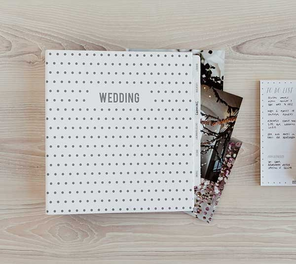 This Kikki K wedding planner file was a life saver during my wedding planning.