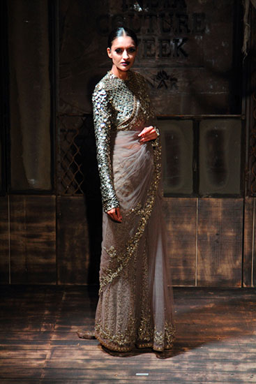 AICW15-Sabyasachi-The-Maharani-Diaries-copy-30