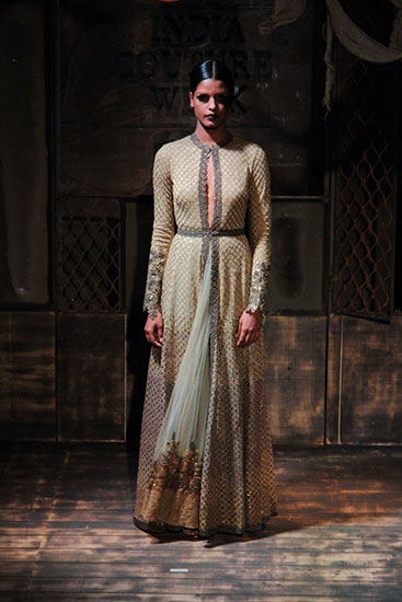 AICW15-Sabyasachi-The-Maharani-Diaries-copy-38