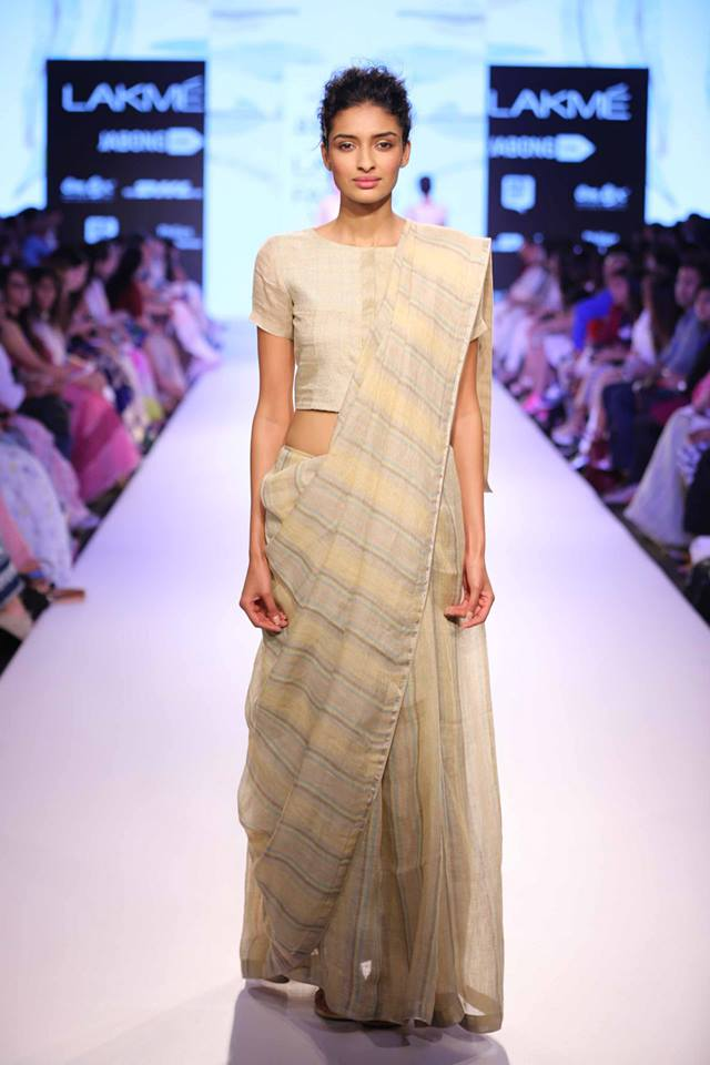 Anavila-Misra-LFW-sari-The-Maharani-Diaries