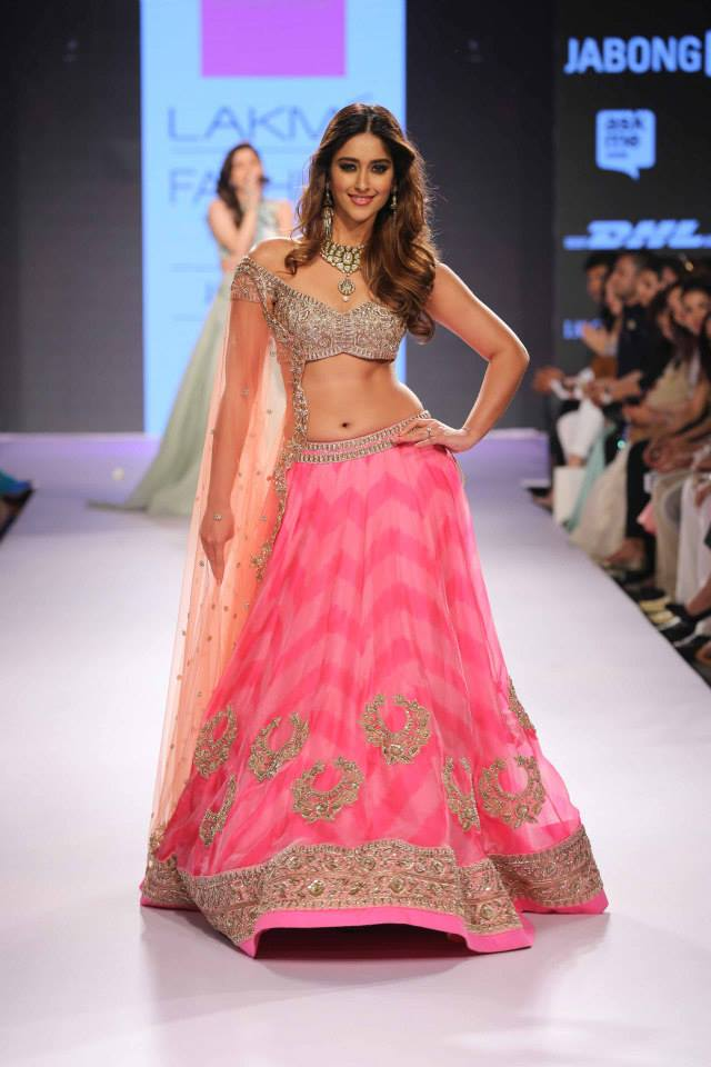 Anushree-Reddy-Ileana-DCruz-LFWSS15-The-Maharani-Diaries