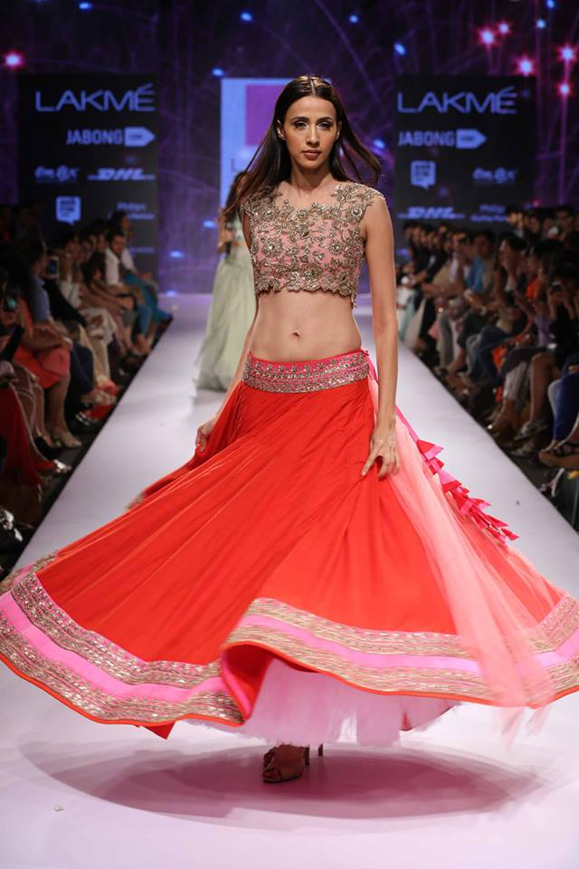 Anushree-Reddy-LFWSS15-The-Maharani-Diaries