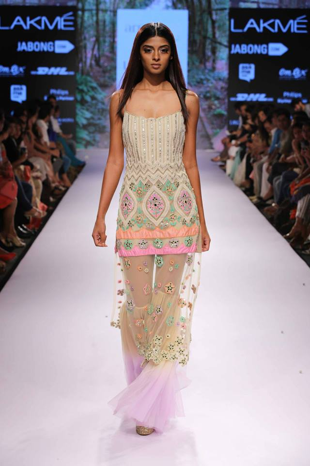 Arpita-Mehta-LFW-SS15-The-Maharani-Diaries