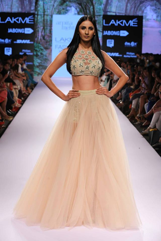Arpita-Mehta-LFWSS15-Lehnga-The-Maharani-Diaries-copy