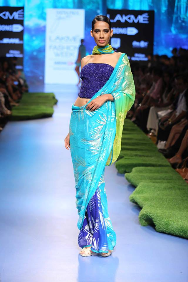 Gauri-Khan-Satya-Paul-LFWSS15-A-Tropical-Wonder-The-Maharani-Diaries