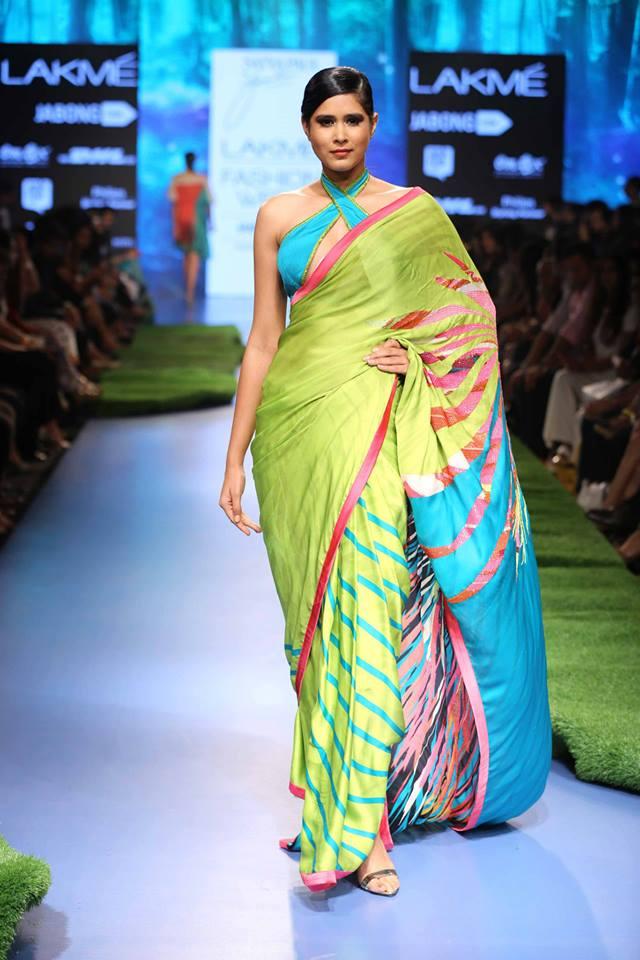 Gauri-Khan-Satya-Paul-LFWSS15-The-Maharani-Diaries