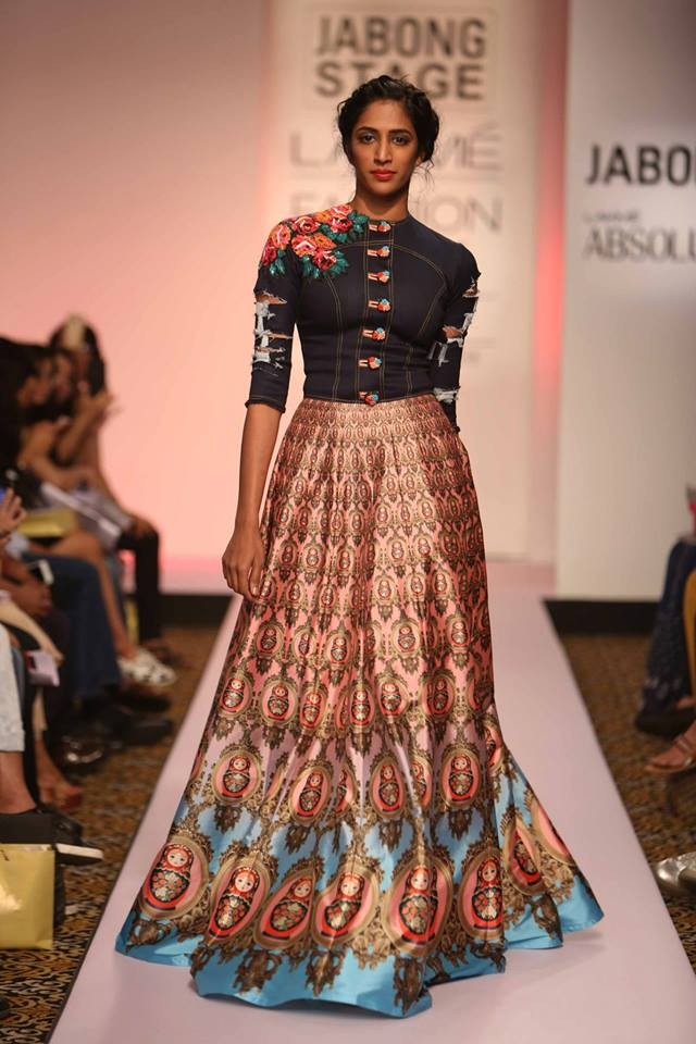 Neha-Agarwal-LFWSS15-The-Maharani-Diaries-copy-4