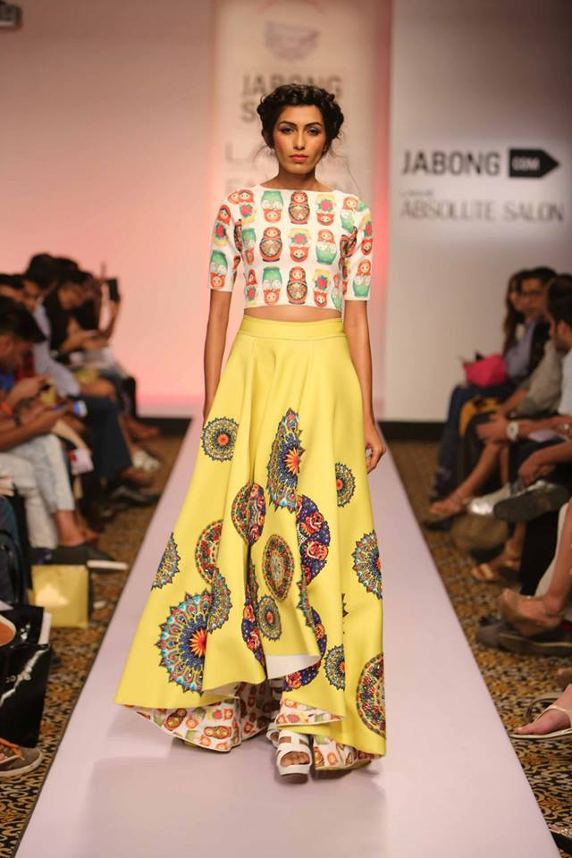 Neha-Agarwal-LFWSS15-The-Maharani-Diaries-copy