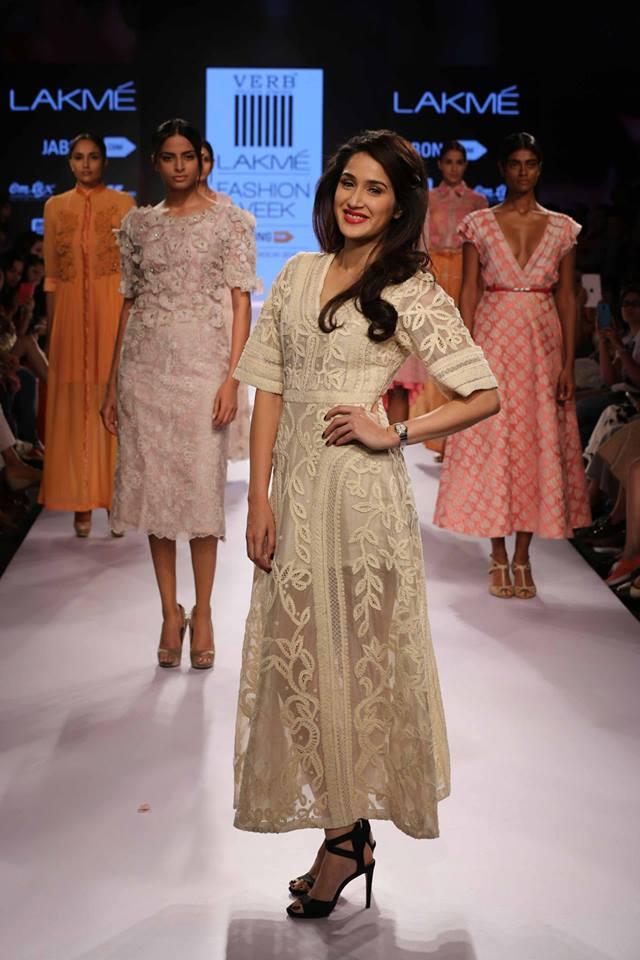 Pallavi-Singhee-LFW-showstopper-The-Maharani-Diaries