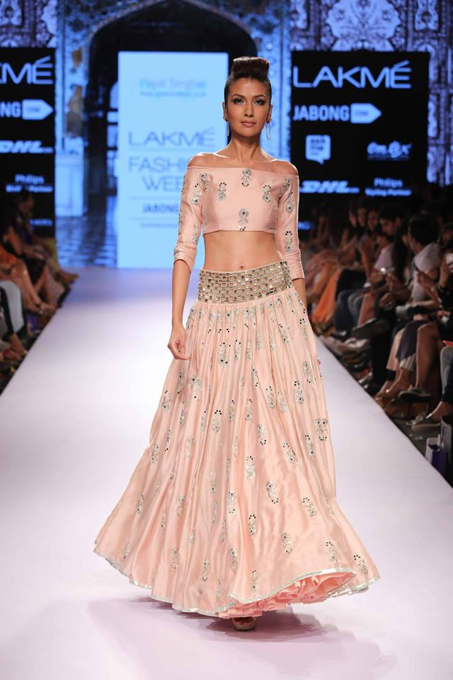 Payal-Singhal-LFW-SS15-The-Maharani-Diaries