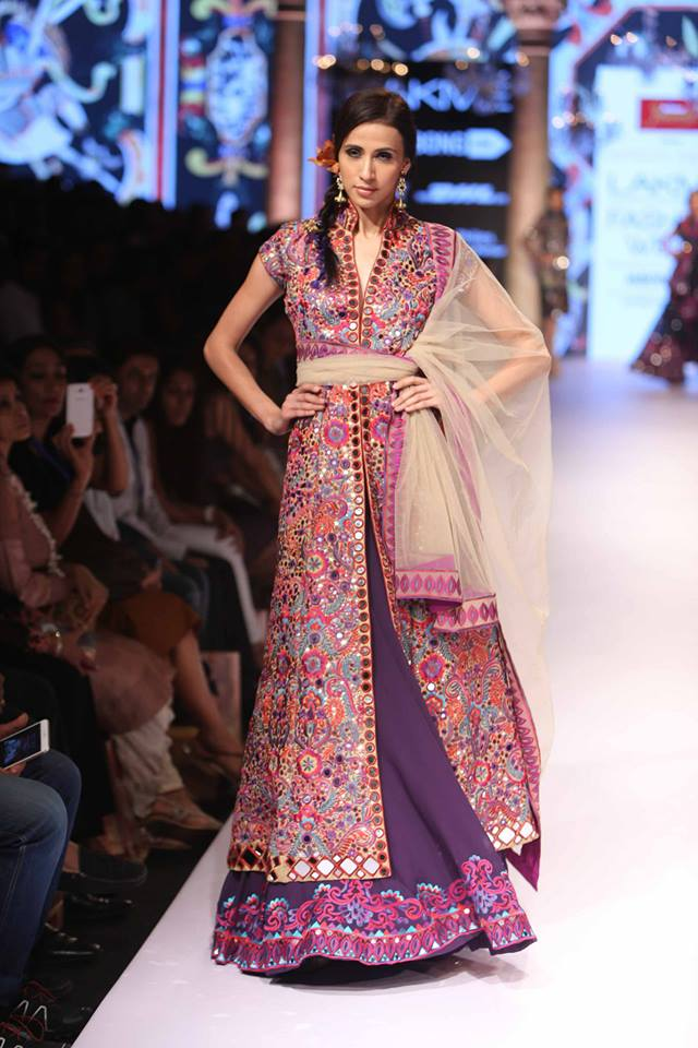 Suneet-Varma-LFW-SS15-The-Maharani-Diaries