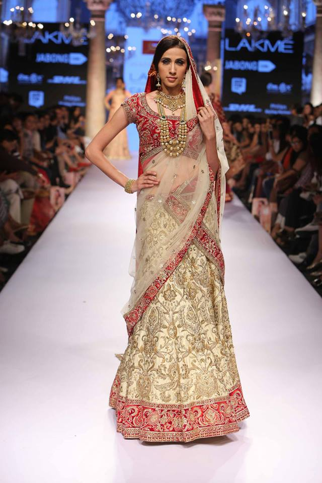 Suneet-Varma-LFWSS15-The-Maharani-Diaries
