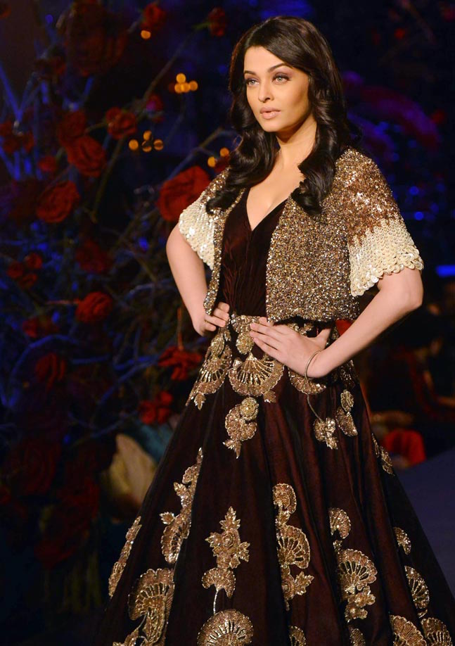 Aishwarya-Rai-AICW15-3-The-Maharani-Diaries