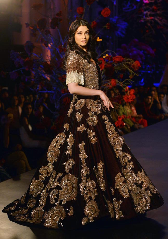 Aishwarya-Rai-AICW15-The-Maharani-Diaries